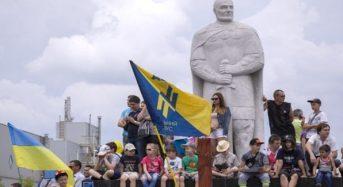 Сьогодні День визволення Маріуполя від російських окупантів