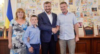 Переяславський школяр переміг на Всеукраїнському конкурсі шкільних малюнків «Я маю право!»