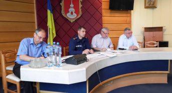 В Переяславі-Хмельницькому рятувальники тренуються та навчають працівників підприємств