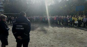 В Переяславі-Хмельницькому провели тренування евакуації учнів на випадок пожежі