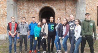 В Переяславі-Хмельницькому відбулася акція учнівського самоврядування – «Від екології довкілля – до екології душі!»