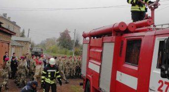 В Переяславі-Хмельницькому ліцеїстів евакуювали по навчальній тривозі