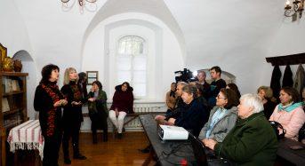 В Переяславі-Хмельницькому відбувся літературно-мистецький вечір «Без коріння саду не цвісти…»