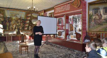 В Музеї кобзарства вшанували пам'ять фундатора переяславських музеїв, Героя України Михайла Івановича Сікорського