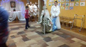 """Лідери Міської Ради Дітей Переяслава привітали вихованців дошкільного закладу """"Калинка"""""""