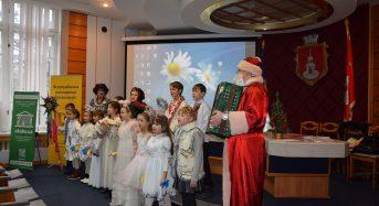 Різдвяний вертеп у міській раді