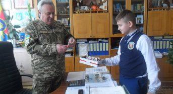 На Київщині вихованці військового ліцею провели акцію «День щастя»