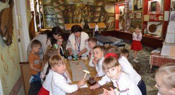 В Переяслав-Хмельницькому відбувся майстер-клас «Рушничок для кобзарських мандрів»