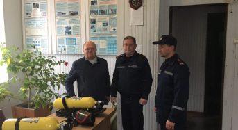 Рятувальники Переяславщини отримали від новоствореної громади апарати для роботи в непридатному для дихання середовищі