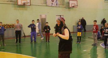 До баскетболістів завітали казкові гості на святкування Нового року