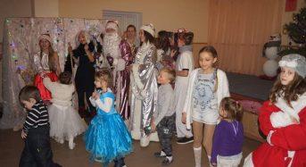 Для найменших жителів мікрорайону Борисівка відбулося новорічне свято