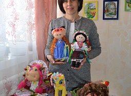 Переяславка Світлана Даценко виготовляє ляльки, якими захоплюються навіть дорослі