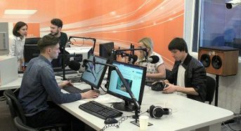 """X-Rays презентували сингли """"Мрій"""" та """"Знак"""" на PROMIN.FM"""