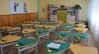 До Переяслава почали завозити меблі для першокласників, передбачені концепцією Нової української школи