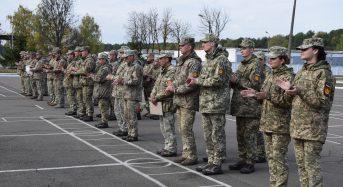 Із нагоди відзначення Дня захисника України міський голова привітав військовослужбовців частини А2399 (Фоторепортаж)
