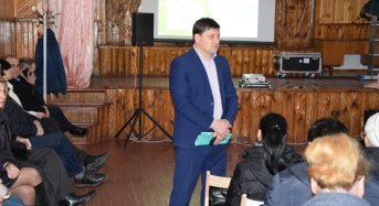 Жителі мікрорайону Трубайлівка ознайомилися зі звітом та поставили питання міському голові