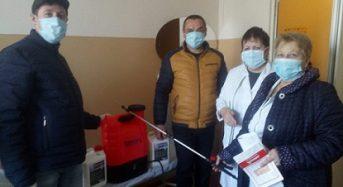 """Представники НІЕЗ """"Переяслав"""" передали у лікарню пристрої та засоби для проведення дезінфекції"""