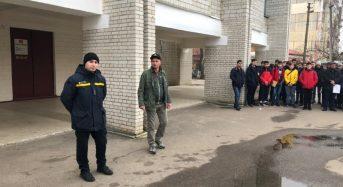 Рятувальники провели у Центрі професійно-технічної освіти урок безпеки життєдіяльності