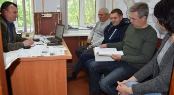 Члени тендерного комітету розглянули питання щодо оголошення тендеру на проведення робіт по капітальному ремонту вулиці Солонці
