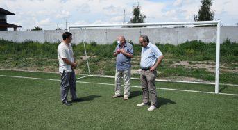 Відбулася виїзна робоча нарада з питань функціонування футбольного поля зі штучним покриттям на території ЗОШ №4