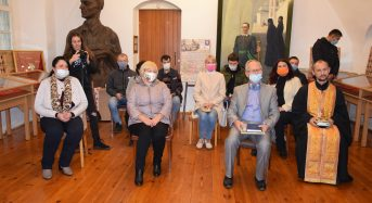 У місті відкрили унікальну виставку «Хрести України: Центр»