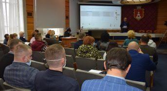 Відповідно до пропозицій міського голови депутати затвердили на посадах старост