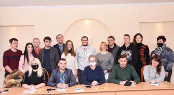 Яна Зінкевич в місцевому університеті зустрілася із істориками та політологами