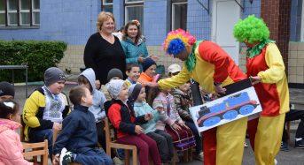 Святкове дійство до Міжнародного дня захисту дітей відбулося в стаціонарному відділенні дітей з інвалідністю (Фото)