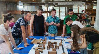 Молодь ретельно працює над реалізацією грантового проєкту з облаштування молодіжного простору в Переяславській громаді