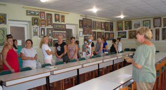 У БХТДЮМ відкрилася виставка-презентація робіт Ганни Самутіної