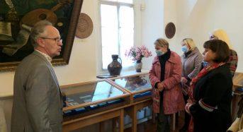 """Відбулося відкриття виставки """"Дукачі та прикраси: Схід"""". Запрошуємо оглянути унікальну колекцію"""